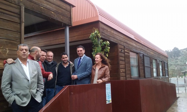La Junta destina más de medio millón de euros a la promo-ción y mejora de la Vía Verde de la Sierra