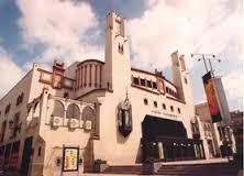 La plantilla del Villamarta alerta del cierre del teatro y del despido de sus empleados a final de año